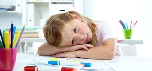 psychologue enfant Lyon Thérapie comportementale enfant : anxiété de performance, anxiété sociale, phobies, attaques de panique, hyperactivité, ... TCC Lyon